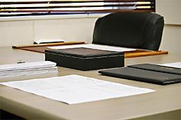 契約時のお手続きもお客様のエリアへ出向いて実施します。